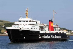 CalMac secures ferry contract