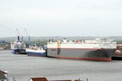 PORT NEWS: Car carrier breaks free in gale
