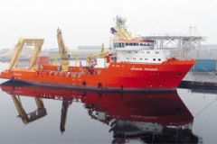 OFFSHORE SUPPORT: Solstad gains new contracts