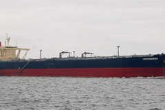 TANKERS: First double-hulls go to breakers