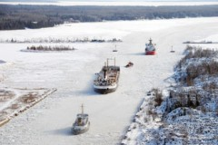 ICE BOUND SHIPS: Ships stuck in Great Lakes
