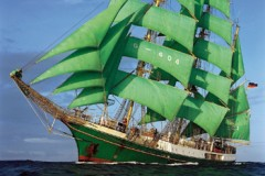 SAIL TRAINING: Von Humboldt says farewell
