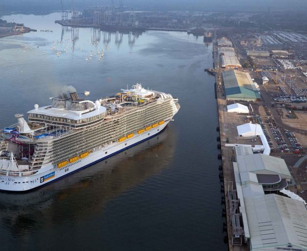Harmony of the Seas arrives in Southampton