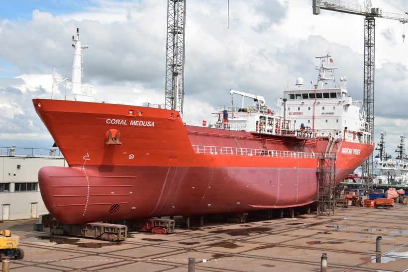 LNG carrier Coral Medusa completes repairs at Harlingen
