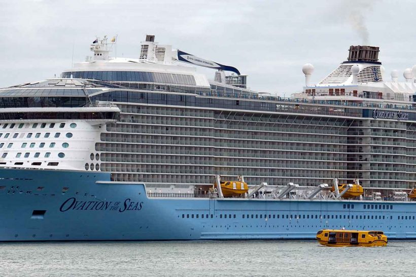 Oavtion Becomes Biggest Ship To Visit New Zealand Ships
