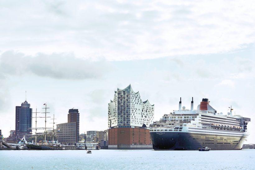 Hamburg's busy 2017 cruise season