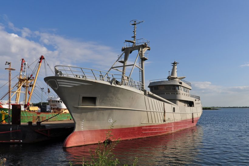 Damen to build new beam trawler