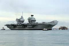 New aircraft carrier Queen Elizabeth arrives in Portsmouth
