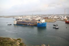 Damen increases capacity in Curaçao with floating dock arrival