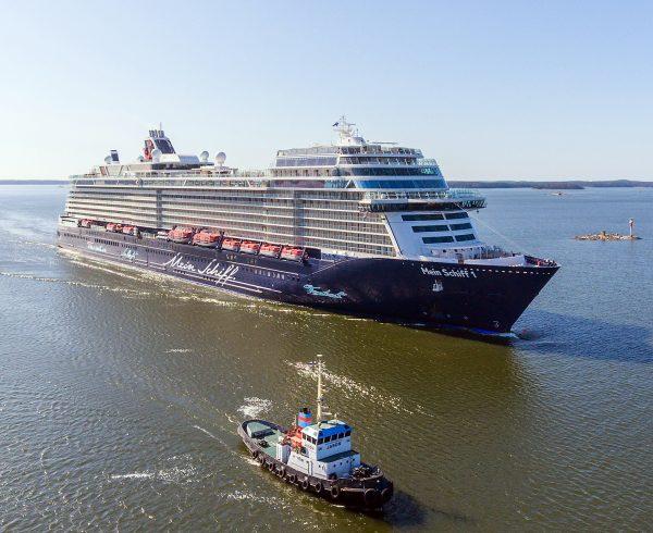 Hapag-Lloyd To Order A Third Hanseatic Class Ship