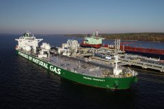 Sovcomflot tanker completes first commercial Primorsk voyage on LNG
