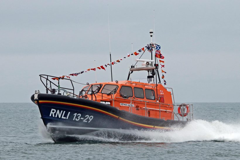 New Eyemouth lifeboat reaches her station