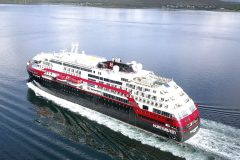 First hybrid powered ship Roald Amundsen completes Northwest Passage