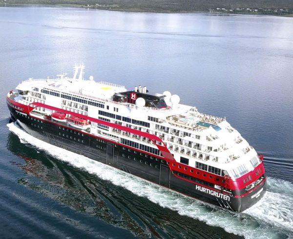 First hybrid powered ship Roald Amundsen completes Northwest Passage