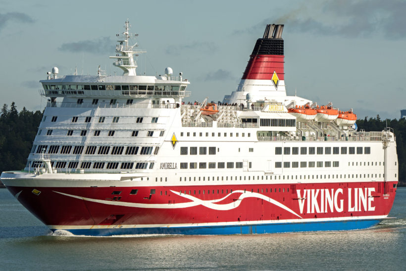 Maritime safety prize awarded to crew of Viking Line's Amorella